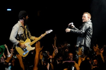 Edge & Bono Barcelona 360 Tour Photocredit Kevin Mazur.jpg